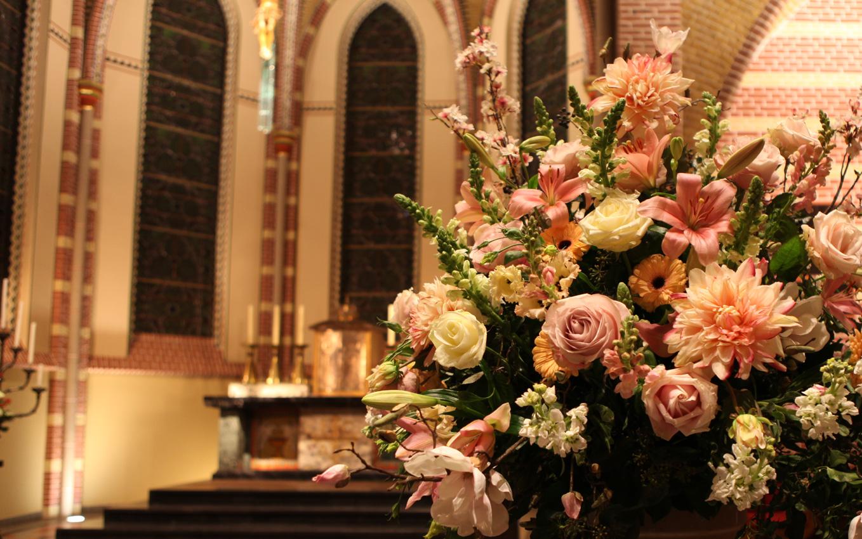 Altijd Bloemen, bloemist in Blaricum - aankleding met bloemen bestellen 1