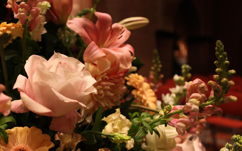 Altijd Bloemen, bloemist in Blaricum - aankleding met bloemen bestellen 2